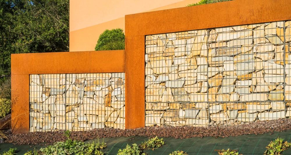 Gabioane si alte materiale pentru garduri